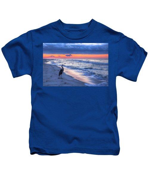Heron On Mobile Beach Kids T-Shirt