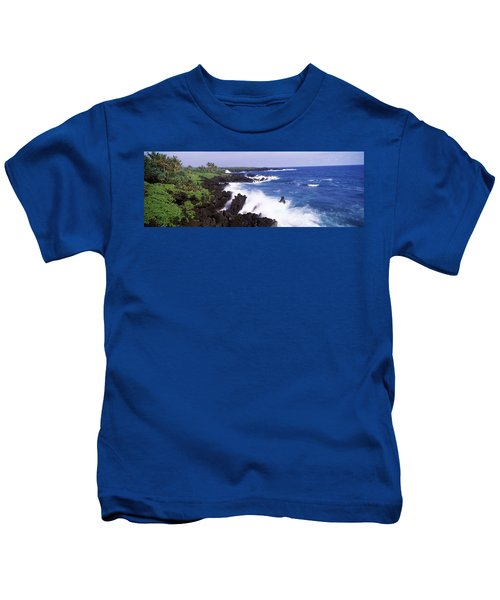 Rock Formations At The Coast, Hana Kids T-Shirt