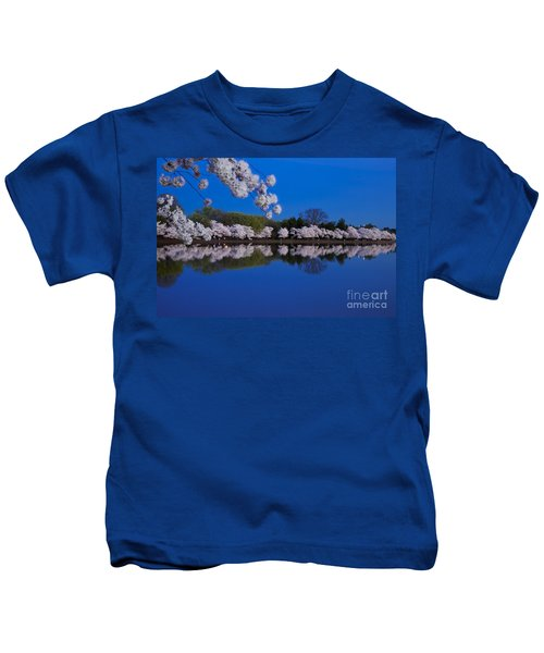 Cherry Blossoms And The Tidal Basin Kids T-Shirt