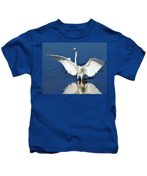 Great White Egret Spreading Its Wings Kids T-Shirt