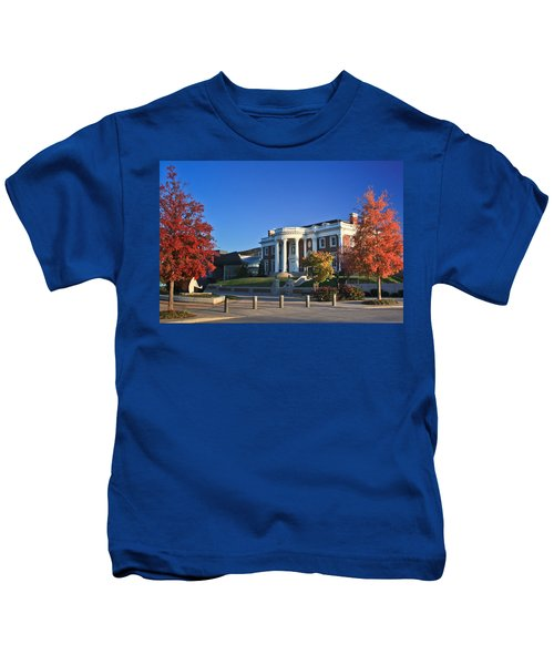 Hunter Museum In Autumn Kids T-Shirt