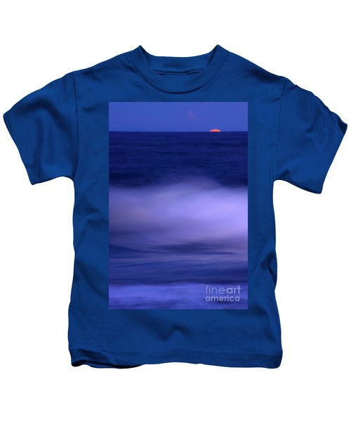 The Red Moon And The Sea Kids T-Shirt