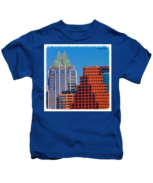 Another #gorgeous #bluesky Day In Kids T-Shirt