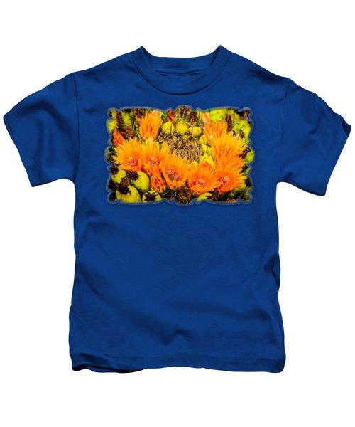 Bee In A Bonnet H56 Kids T-Shirt