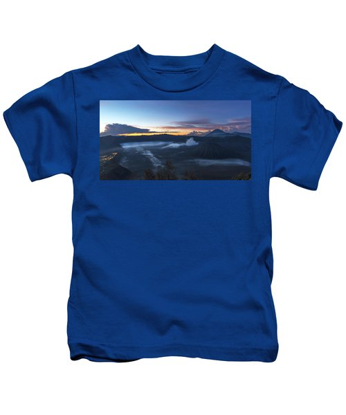 Dawn Breaking Scene Of Mt Bromo Kids T-Shirt