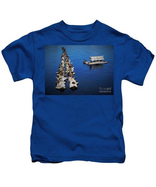 Duck Drop-inn Kids T-Shirt
