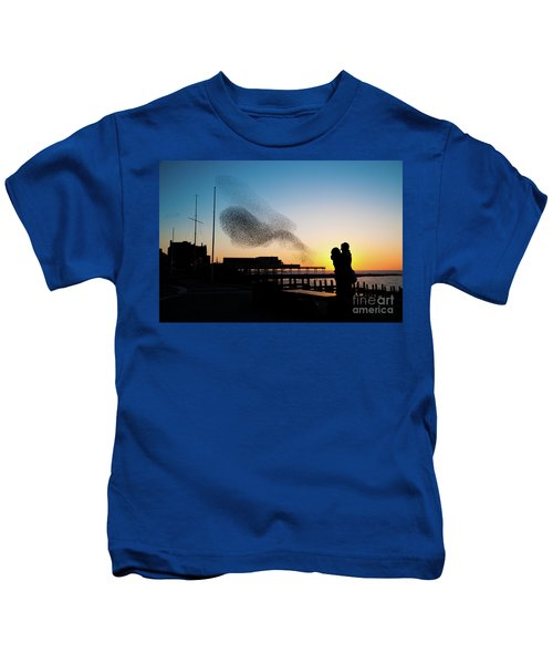 Love Birds At Sunset Kids T-Shirt