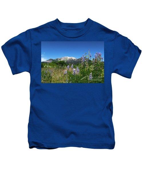 Mammoth Meadow   Kids T-Shirt