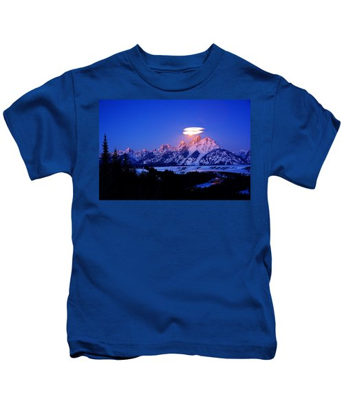 Moon Sets At The Snake River Overlook In The Tetons Kids T-Shirt