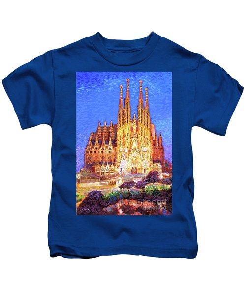 Sagrada Familia At Night Kids T-Shirt
