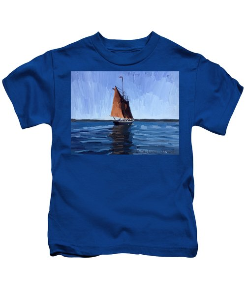 Schooner Roseway In Gloucester Harbor Kids T-Shirt