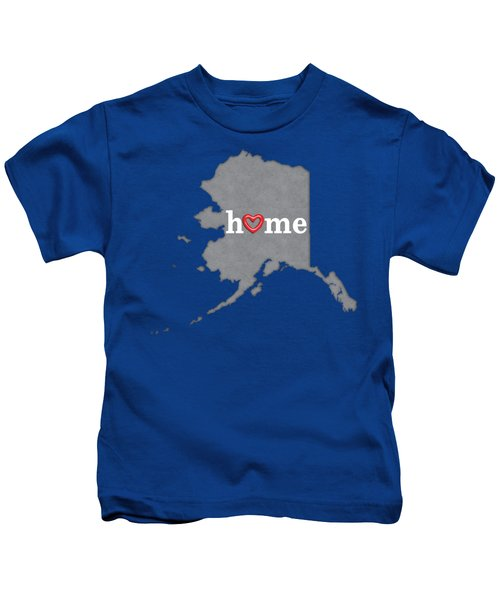 State Map Outline Alaska With Heart In Home Kids T-Shirt