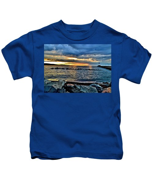 Sunrise On The Rocks Kids T-Shirt