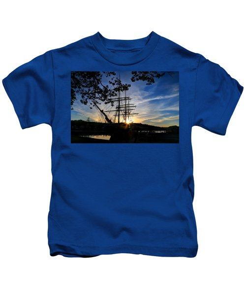 Sunset On The Whalers Kids T-Shirt