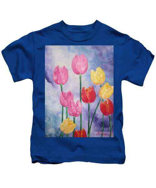 Ten  Simple  Tulips  Pink Red Yellow                                Flying Lamb Productions   Kids T-Shirt
