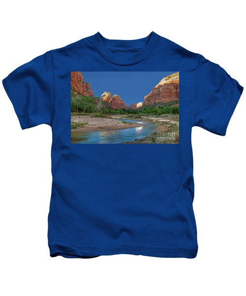 Virgin River Bend Kids T-Shirt