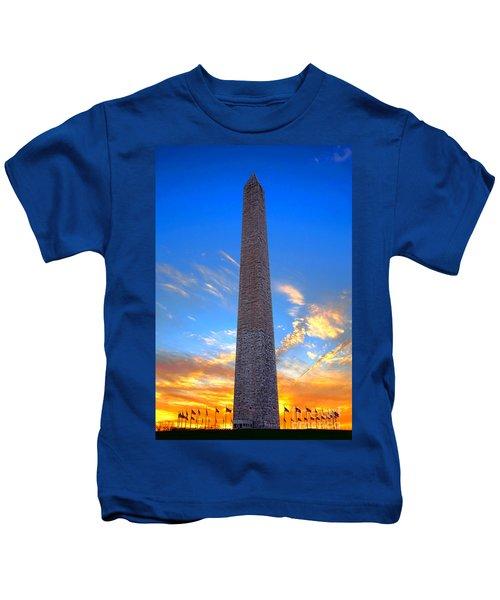Washington Monument At Sunset  Kids T-Shirt