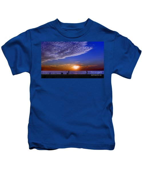 Beautiful Sunset With Ships And People Kids T-Shirt