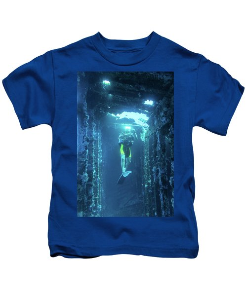 Diver In The Patris Shipwreck Kids T-Shirt