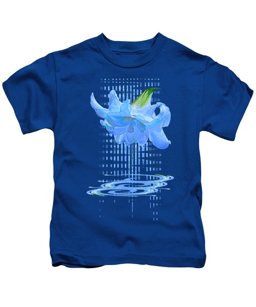 In The Cool Of The Night 3 - Blue Amaryllis Kids T-Shirt
