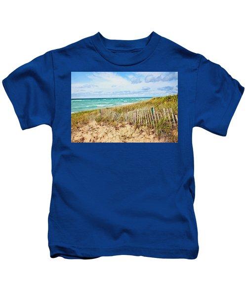Lake Michigan Beachcombing Kids T-Shirt