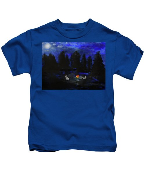Snowmen Enjoy The Campfire  Kids T-Shirt