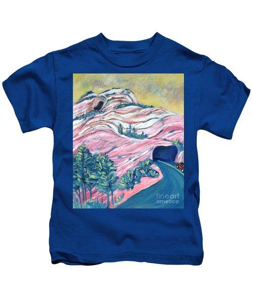 Wavy Rocks Kids T-Shirt