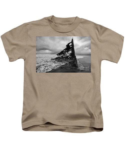 Peter Iredale Shipwreck Oregon 1 Kids T-Shirt