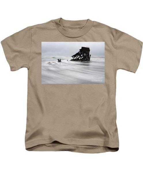 Peter Iredale Shipwreck Oregon 2 Kids T-Shirt