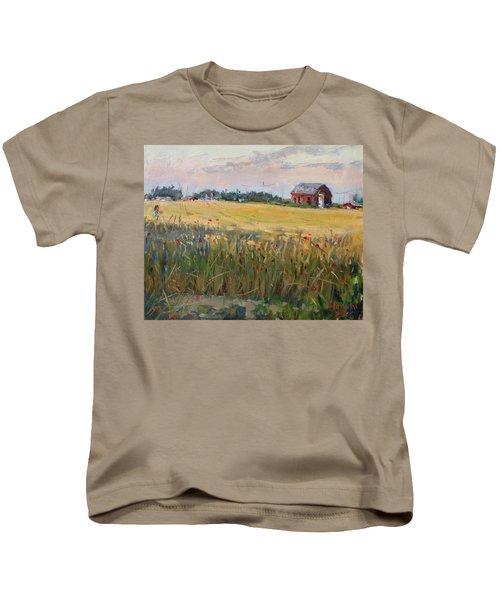 Barn In A Field Of Grain Kids T-Shirt