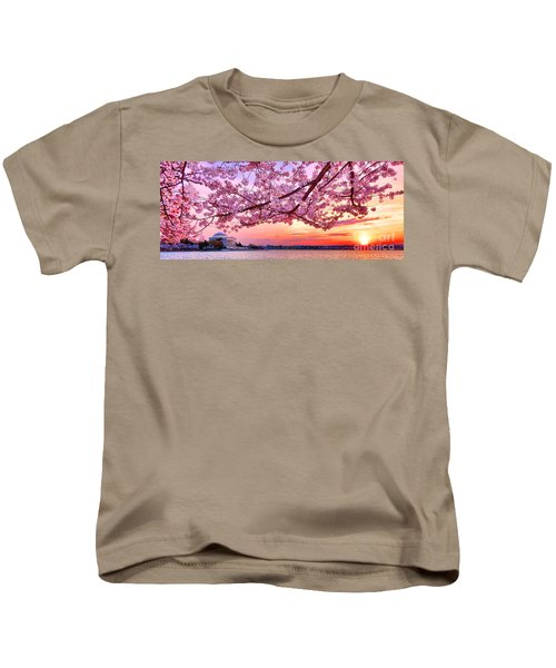 Glorious Sunset Over Cherry Tree At The Jefferson Memorial  Kids T-Shirt
