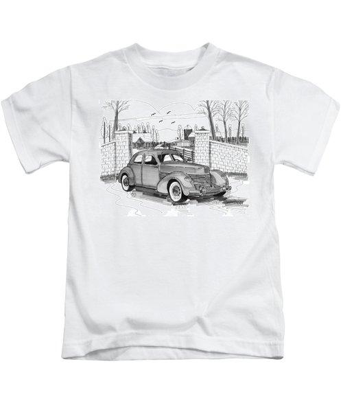 1937 Cord 812 Kids T-Shirt