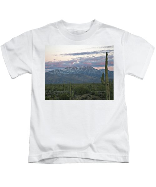 Four Peaks Sunset Snow Kids T-Shirt