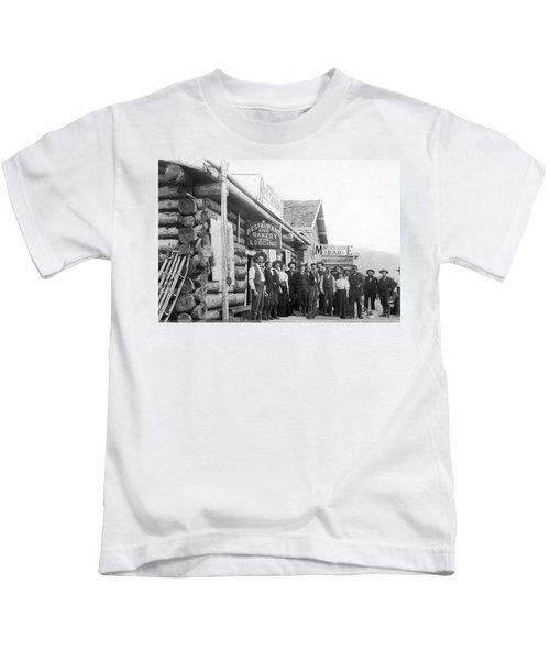 Alaskan Gold Miners Town Kids T-Shirt