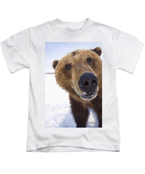 Captive Extreme Close-up Of Brown Bear Kids T-Shirt