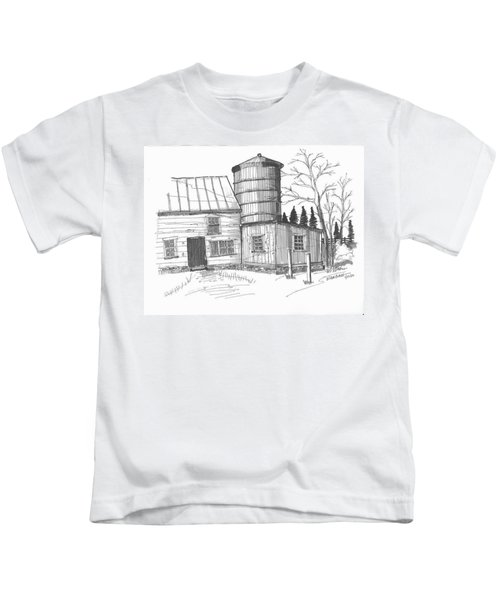 Clermont Barn 1 Kids T-Shirt