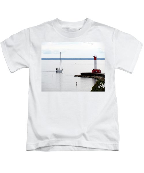 Coming Home  Kids T-Shirt