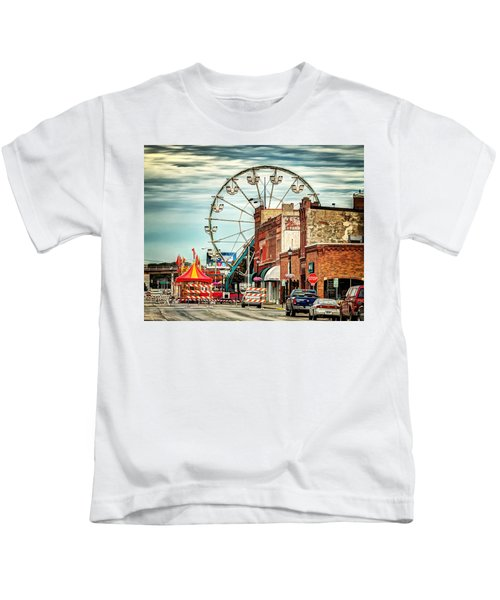 Ferris Wheel In Winona Kids T-Shirt