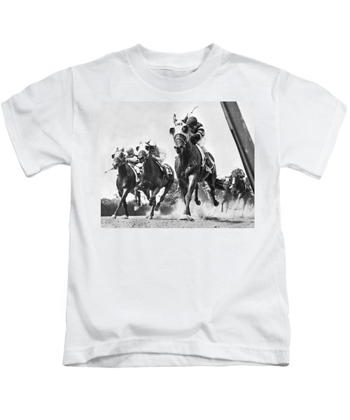 Horse Racing At Belmont Park Kids T-Shirt