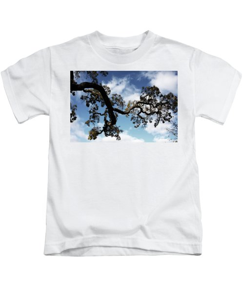 I Touch The Sky Kids T-Shirt