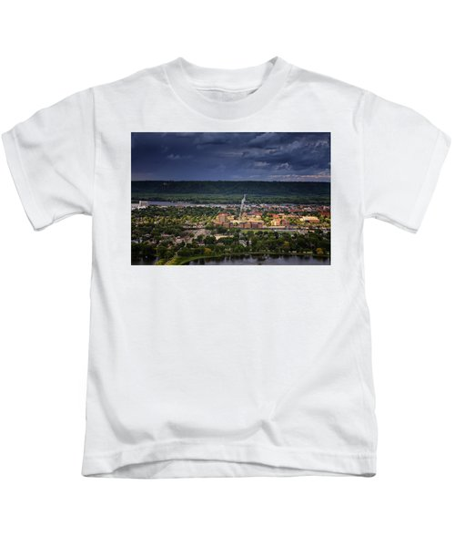 Island In The Storm Kids T-Shirt