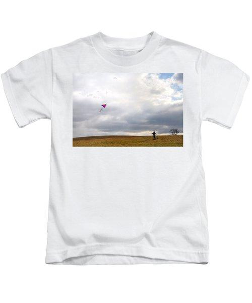 Kite Flying Kids T-Shirt