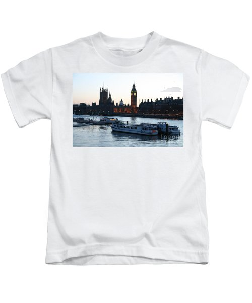 Lighting Up Time On The Thames Kids T-Shirt