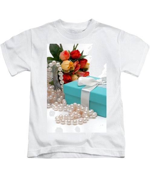 Little Blue Gift Box With Pearls And Flowers Kids T-Shirt