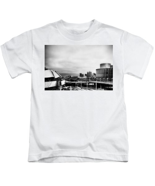 Minneapolis From The University Of Minnesota Kids T-Shirt by Tom Gort