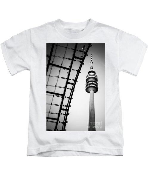Munich - Olympiaturm And The Roof - Bw Kids T-Shirt