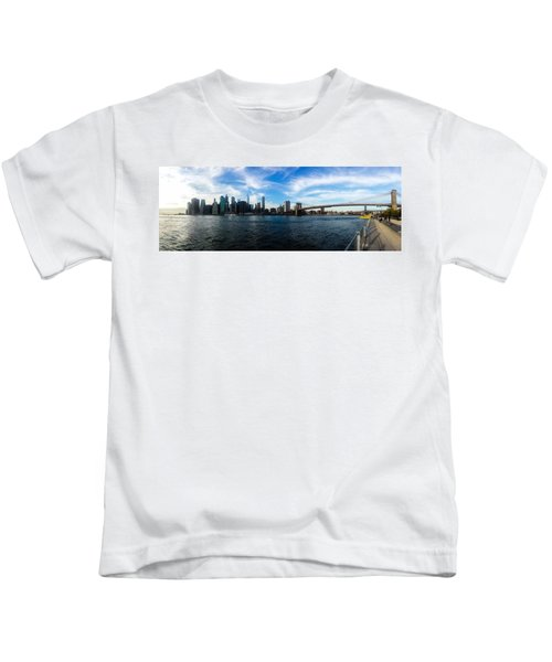 New York Skyline - Color Kids T-Shirt by Nicklas Gustafsson