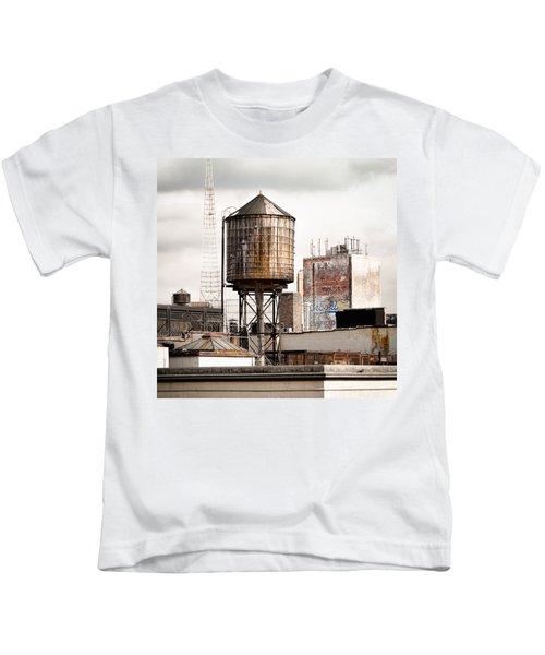 New York Water Tower 16 Kids T-Shirt
