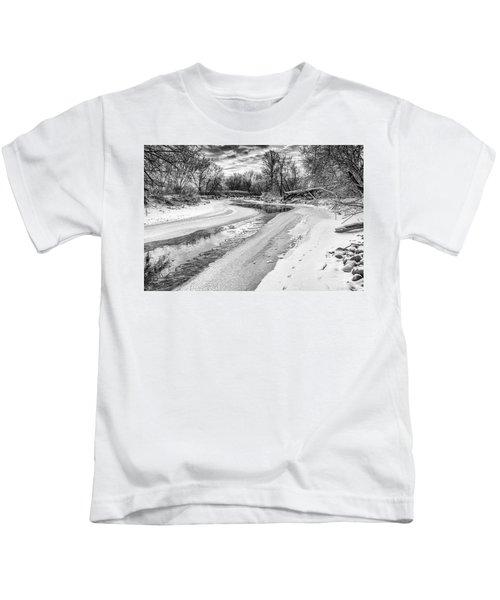 On The Riverbank Bw Kids T-Shirt