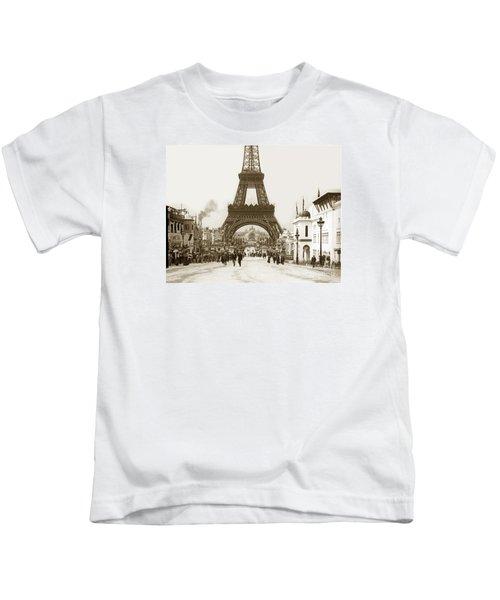 Paris Exposition Eiffel Tower Paris France 1900  Historical Photos Kids T-Shirt